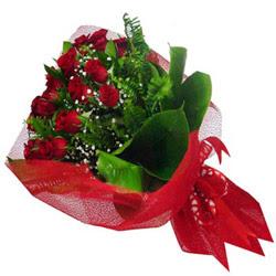 Sakarya çiçek siparişi sitesi  12 adet kirmizi essiz gül buketi - SEVENE ÖZEL
