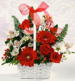 Karışık rengarenk mevsim çiçek sepeti  Sakarya online çiçekçi , çiçek siparişi