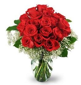 25 adet kırmızı gül cam vazoda  Sakarya hediye sevgilime hediye çiçek