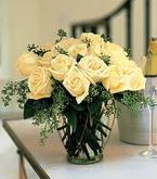 Sakarya kaliteli taze ve ucuz çiçekler  11 adet sari gül mika yada cam vazo tanzim