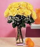 Sakarya güvenli kaliteli hızlı çiçek  9 adet sari güllerden cam yada mika vazo