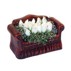 seramik içerisinde 11 gül  Sakarya çiçek servisi , çiçekçi adresleri