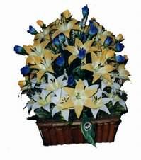 yapay karisik çiçek sepeti   Sakarya uluslararası çiçek gönderme