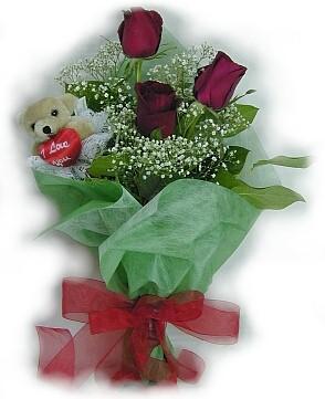 3 adet gül ve küçük ayicik buketi  Sakarya çiçek gönderme sitemiz güvenlidir