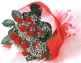 12 adet kirmizi gül buketi  Sakarya çiçek gönderme sitemiz güvenlidir