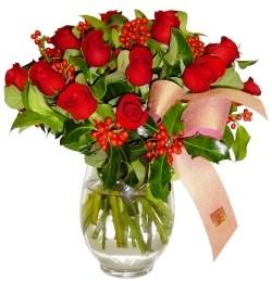 Sakarya çiçek mağazası , çiçekçi adresleri  11 adet kirmizi gül  cam aranjman halinde