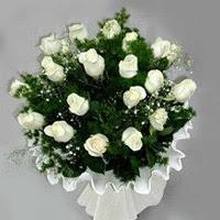 Sakarya çiçek servisi , çiçekçi adresleri  11 adet beyaz gül buketi ve bembeyaz amnbalaj