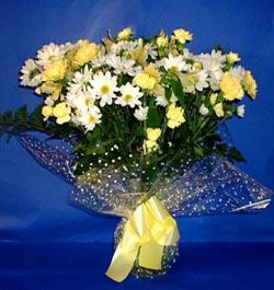 Sakarya çiçek servisi , çiçekçi adresleri  sade mevsim demeti buketi sade ve özel