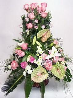 Sakarya çiçek online çiçek siparişi  özel üstü süper aranjman