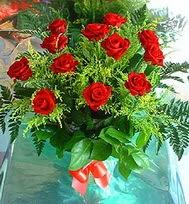 12 adet gül buketi  Sakarya çiçek satışı