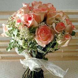 12 adet sonya gül buketi    Sakarya uluslararası çiçek gönderme