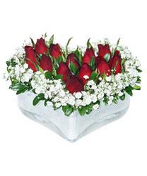 Sakarya online çiçekçi , çiçek siparişi  mika kalp içerisinde 9 adet kirmizi gül