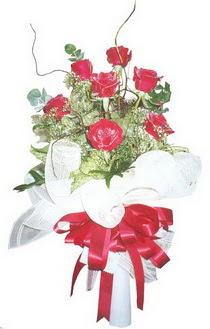 Sakarya kaliteli taze ve ucuz çiçekler  7 adet kirmizi gül buketi