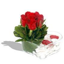 Mika kalp içerisinde 9 adet kirmizi gül  Sakarya hediye çiçek yolla