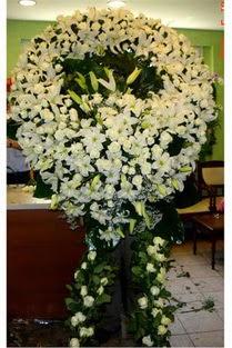 Cenaze çelenk , cenaze çiçekleri , çelengi  Sakarya anneler günü çiçek yolla