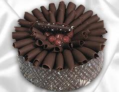 online pasta satisi 4 ile 6 kisilik çikolatali meyvali yaspasta  Sakarya çiçek yolla