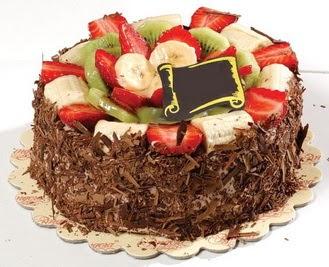 pastaci firmasindan 4 ile 6 kisilik çikolata meyvali yaspasta  Sakarya kaliteli taze ve ucuz çiçekler