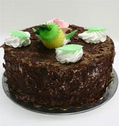 4 ile 6 kisilik yas pasta çikolatali leziz pastane ürünü  Sakarya çiçek yolla