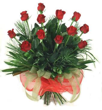 Çiçek yolla 12 adet kirmizi gül buketi  Sakarya internetten çiçek satışı