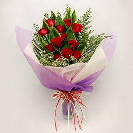 çiçekçi dükkanindan 11 adet gül buket  Sakarya çiçek mağazası , çiçekçi adresleri