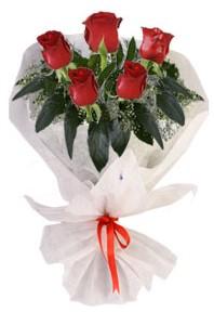 5 adet kirmizi gül buketi  Sakarya yurtiçi ve yurtdışı çiçek siparişi