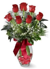 7 adet vazoda gül  Sakarya güvenli kaliteli hızlı çiçek  kirmizi gül