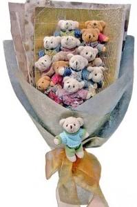 12 adet ayiciktan buket tanzimi  Sakarya çiçek gönderme sitemiz güvenlidir