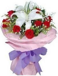 9 adet kirmizi gül 1 adet kazablanka buketi  Sakarya çiçek mağazası , çiçekçi adresleri