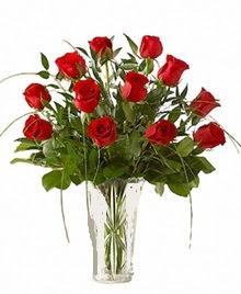 cam yada mika vazo içerisinde 9 kirmizi gül  Sakarya kaliteli taze ve ucuz çiçekler