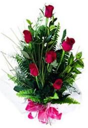 Sakarya internetten çiçek satışı  5 adet kirmizi gül buketi hediye ürünü