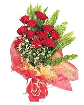 Sakarya online çiçek gönderme sipariş  11 adet kırmızı güllerden buket modeli