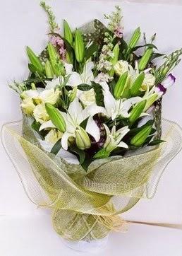 Sakarya hediye çiçek yolla  3 adet kazablankalardan görsel buket çiçeği
