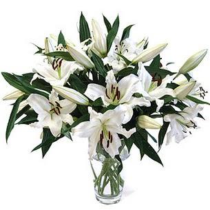 Sakarya 14 şubat sevgililer günü çiçek  3 dal görsel casablanca vazo tanzimi