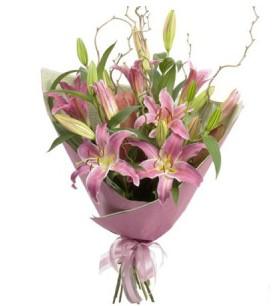 Sakarya online çiçek gönderme sipariş  3 dal cazablanca buket çiçeği