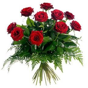 Sakarya uluslararası çiçek gönderme  10 adet kırmızı gülden buket