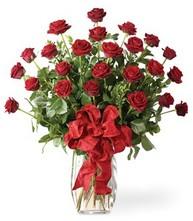 Sevgilime sıradışı hediye güller 24 gül  Sakarya çiçekçi telefonları
