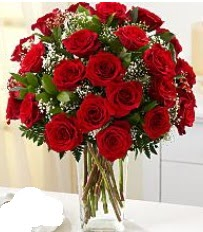 Vazo içerisinde 33 adet kırmızı gül  Sakarya çiçek gönderme sitemiz güvenlidir