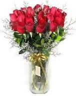 27 adet vazo içerisinde kırmızı gül  Sakarya online çiçek gönderme sipariş
