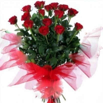 15 adet kırmızı gül buketi  Sakarya çiçek gönderme sitemiz güvenlidir