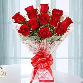 11 adet kırmızı gülden görsel şık buket  Sakarya çiçek online çiçek siparişi